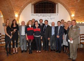 Premio Le Velo dal Presidente del Consiglio della Regione Toscana Riccardo Nencini