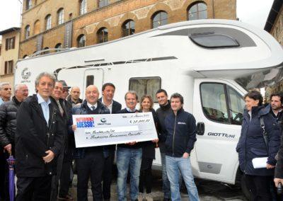 Donazione ricavato vendita del camper – Sindaco Matteo Renzi