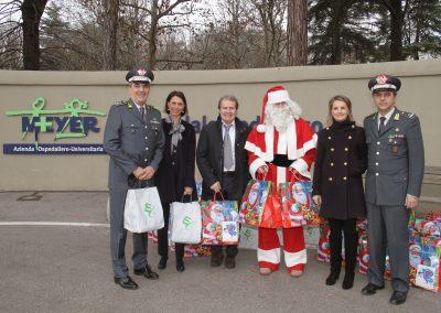 Natale al Meyer con la Guardia di Finanza 2014